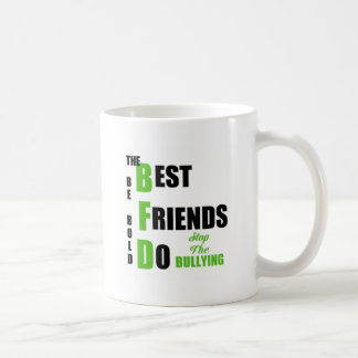 Mundo libre del matón taza de café