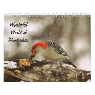 Mundo maravilloso del calendario de la página de