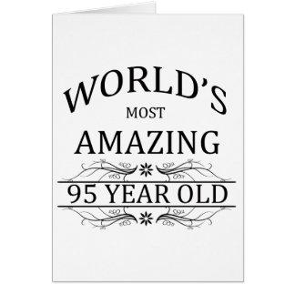 Mundo que sorprende 95 años tarjeta de felicitación