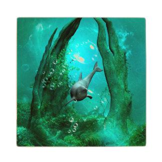 Mundo subacuático de la fantasía posavasos de madera