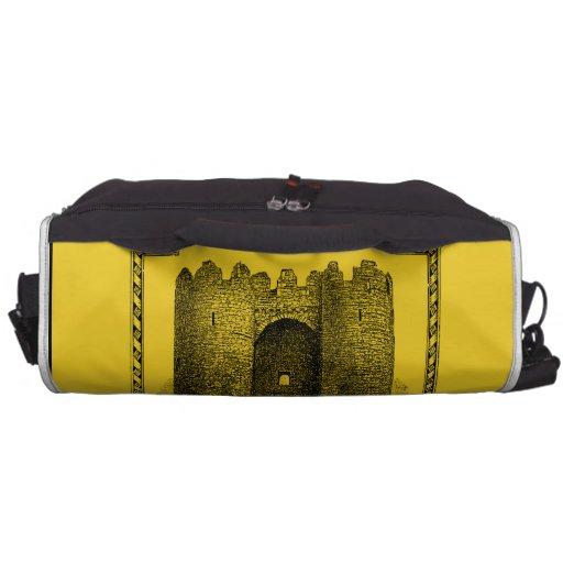 Mundos de la fantasía: Castillo medieval Bolsas Para Portátil