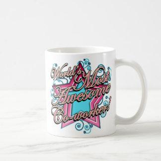 Mundos la mayoría del compañero de trabajo taza de café