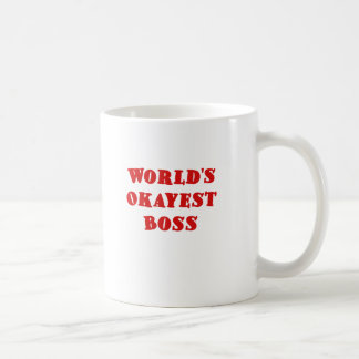 Mundos Okayest Boss Taza Básica Blanca