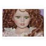 Muñeca cabelluda rizada postales