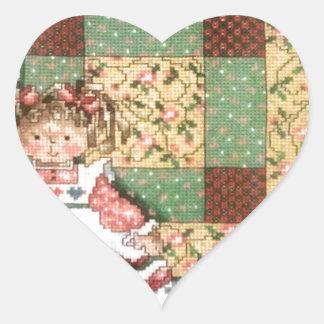 Muñeca con el edredón pegatina en forma de corazón