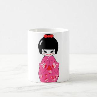 Muñeca de Kokeshi del japonés Tazas