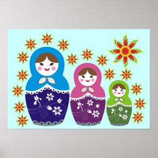 Muñeca de Matryoshka del ruso en posters de los Póster