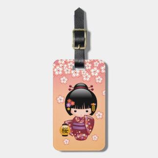 Muñeca de Sakura Kokeshi - chica de geisha en el Etiquetas Bolsa