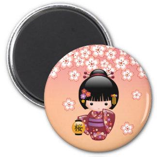 Muñeca de Sakura Kokeshi del japonés Imán Redondo 5 Cm