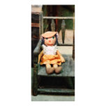 Muñeca de trapo en silla tarjetas publicitarias personalizadas