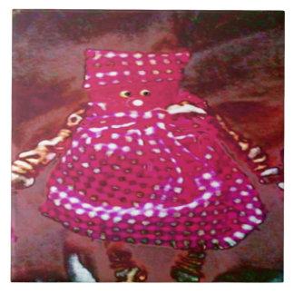 Muñeca del arte popular - rosa azulejo cuadrado grande
