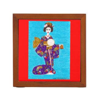 Muñeca del geisha organizador de escritorio