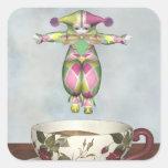 Muñeca del payaso de Pierrot que salta en una taza Calcomania Cuadradas