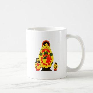 Muñeca elegante de Rusia Matryoshka del ruso del v Tazas De Café