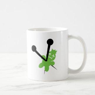 Muñeca muerta del vudú taza de café