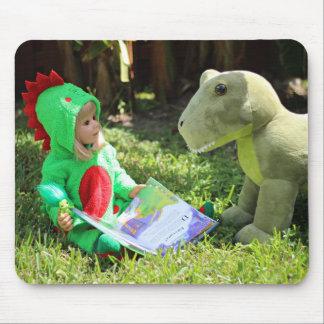 Muñeca Rory de la obra maestra y su dinosaurio Tapetes De Raton