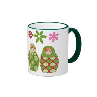 muñeca rusa verde tazas