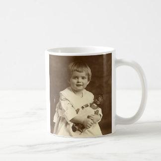 Muñeca,          una muñeca….¡es el mejor amigo de taza