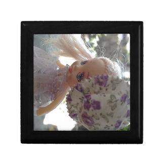 Muñeca vestida primavera cajas de regalo