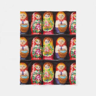 Muñecas coloridas de Matryoshka Manta De Forro Polar