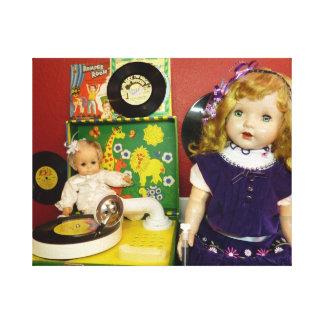 Muñecas del vintage con el tocadiscos impresiones en lona