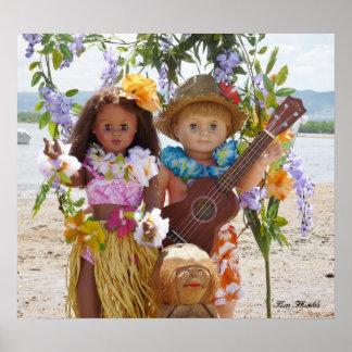 Muñecas del vintage en el poster de Hawaii para el