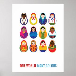Muñecas multiculturales de la jerarquización un mu póster