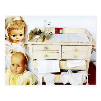Muñecas y tabla cambiante del vintage tarjetas postales