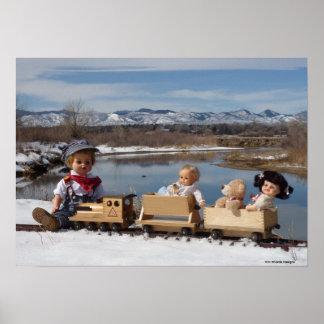 Muñecas y tren del vintage para el sitio del bebé poster