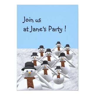 Muñeco de nieve a su tarjeta de la invitación de