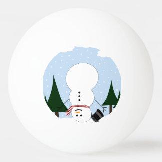 Muñeco de nieve al revés pelota de tenis de mesa