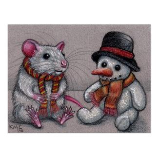 Muñeco de nieve de la rata en postal de la bufanda