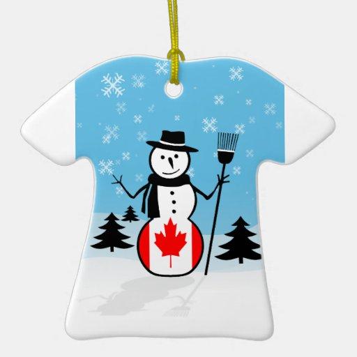 Muñeco de nieve del dibujo animado en el campo de adorno de cerámica en forma de camiseta