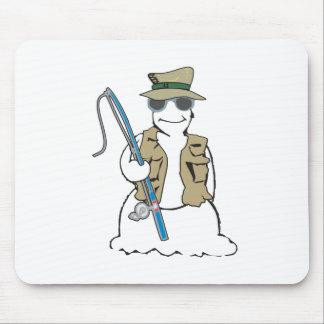 Muñeco de nieve del pescador con el chaleco alfombrilla de ratones