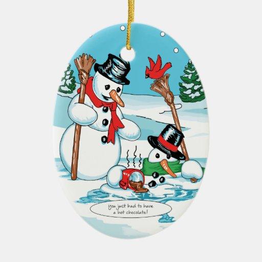 Muñeco de nieve divertido con el dibujo animado adorno navideño ovalado de cerámica