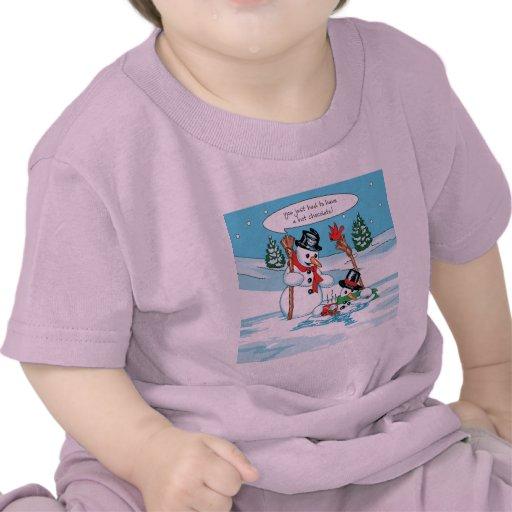 Muñeco de nieve divertido con el dibujo animado de camisetas