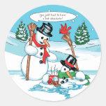 Muñeco de nieve divertido con el dibujo animado pegatina redonda