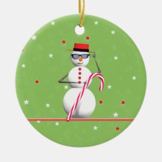 Muñeco de nieve feliz del día de fiesta ornamento de navidad
