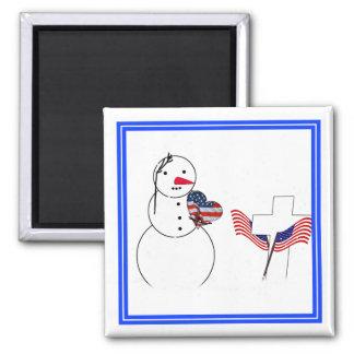 Muñeco de nieve que saluda con el corazón de la ba imán para frigorífico