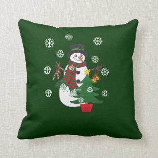 Muñeco de nieve y árbol de navidad - almohada