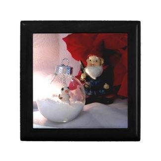 Muñeco de nieve y gnomo caja de regalo