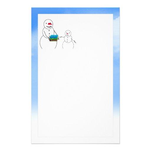 Muñecos de nieve del dibujo animado que vuelven a   papeleria