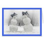 Muñecos de nieve grandes del gorra del arco tarjeta de felicitación