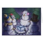 Muñecos de nieve hacia fuera que acampan felicitaciones