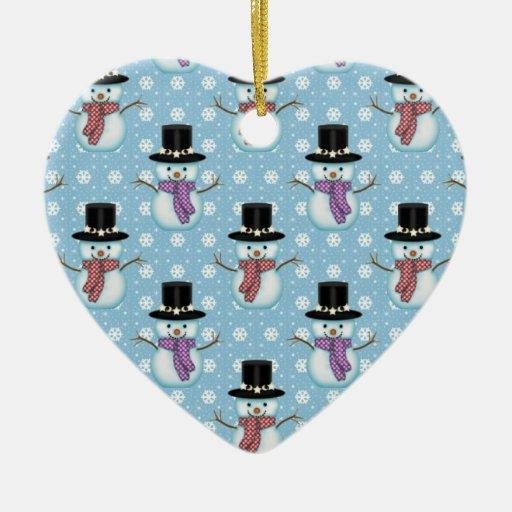 Muñecos de nieve lindos en modelo azul claro adorno navideño de cerámica en forma de corazón
