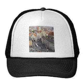 Munich, Hat
