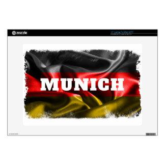 Munich Portátil 38,1cm Skins