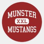 Munster - mustangos - High School secundaria - Etiquetas Redondas