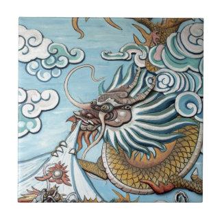 Mural del dragón en templo budista chino azulejo cuadrado pequeño