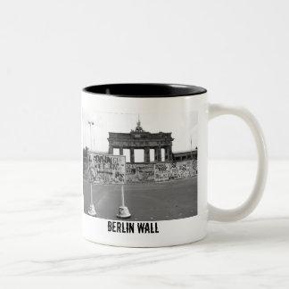 Muro de Berlín Taza De Dos Tonos